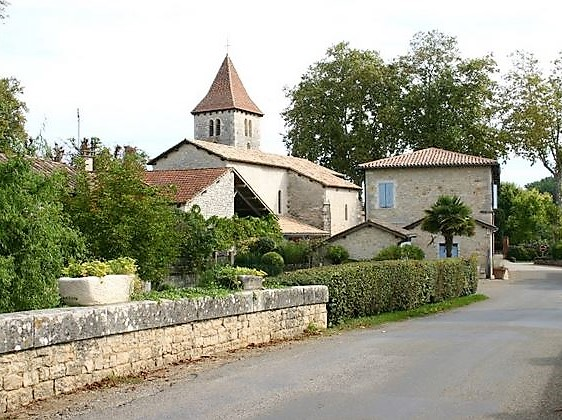 Cayriech village